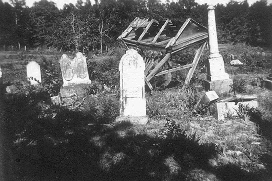 Ingram Cemetery in 1933